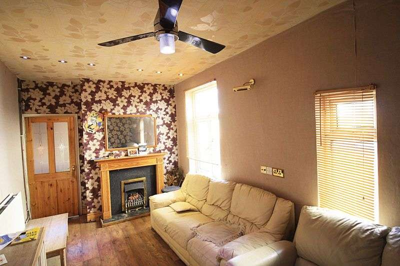 4 Bedrooms Terraced House for sale in Birmingham Road, West Bromwich