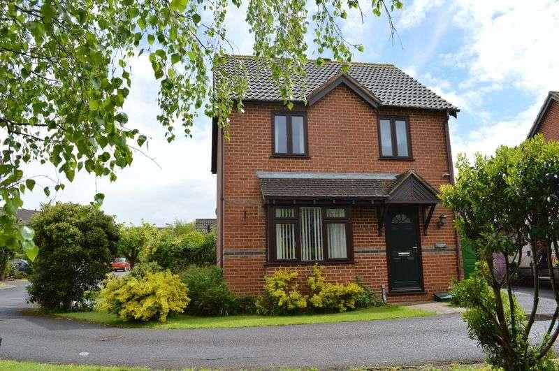 3 Bedrooms Detached House for sale in Windsor Lane, Gillingham