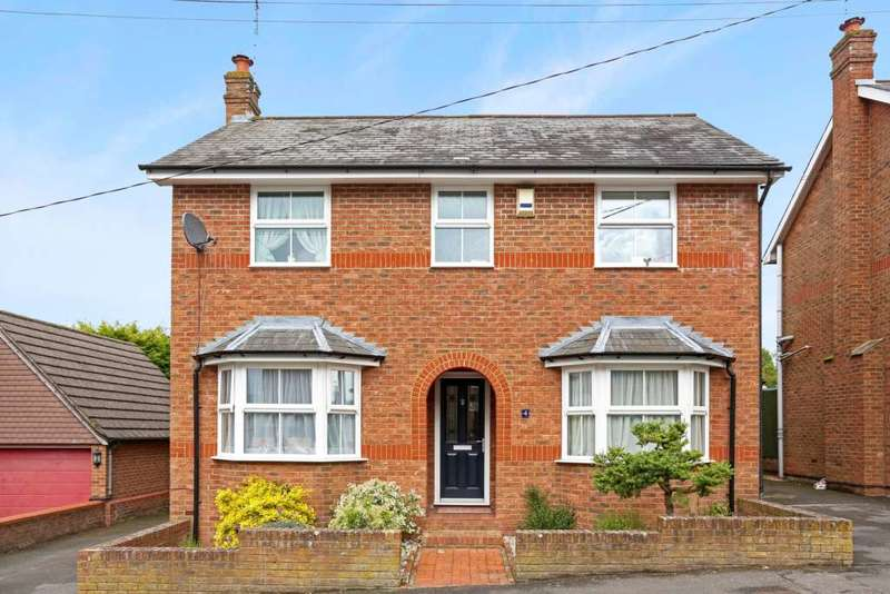 4 Bedrooms Detached House for sale in Queen Street, Tring