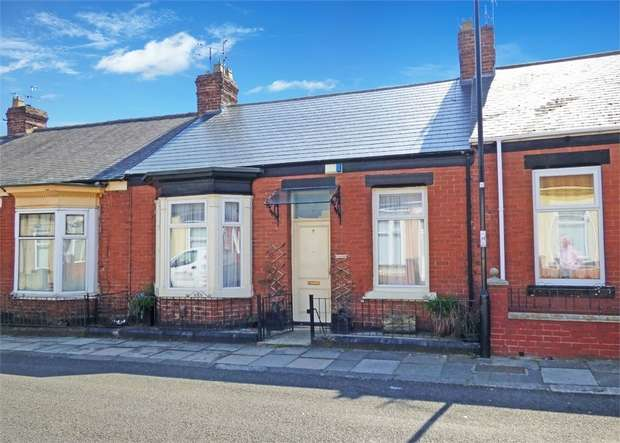 2 Bedrooms Terraced House for sale in Queens Crescent, Sunderland, Tyne and Wear