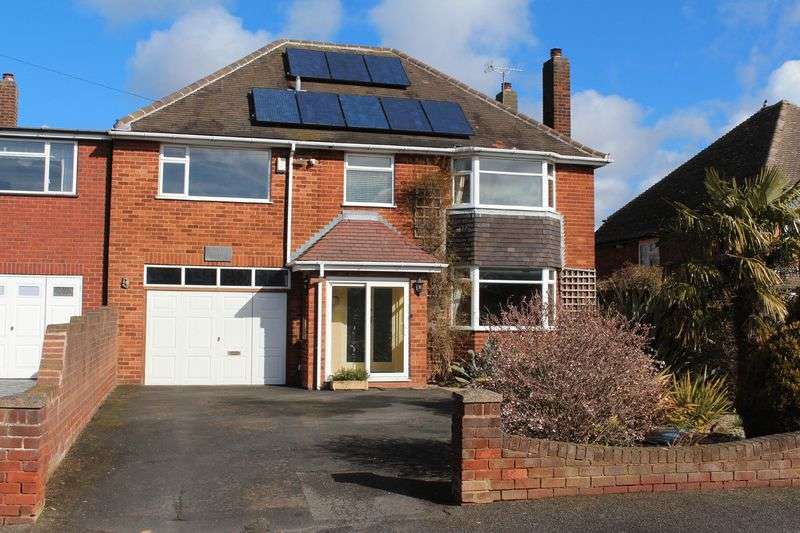 4 Bedrooms Detached House for sale in KINGSWINFORD, The Knoll