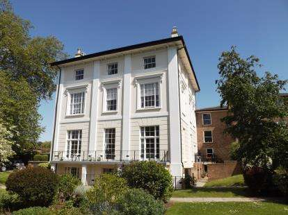 1 Bedroom Retirement Property for sale in Homespring House, Pittville Circus Road, Cheltenham, Gloucestershire