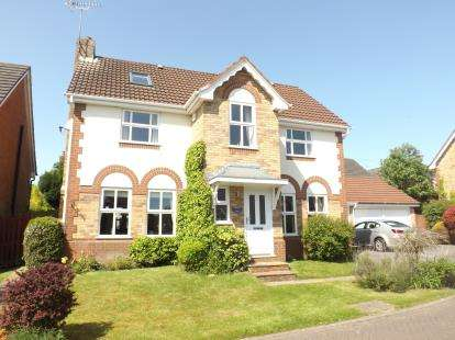 6 Bedrooms Detached House for sale in Stonehill Close, Appleton, Warrington, Cheshire, WA4