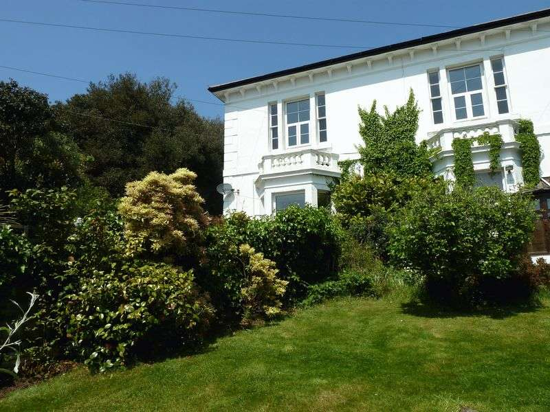 3 Bedrooms Flat for sale in Mayflower Close, Dawlish