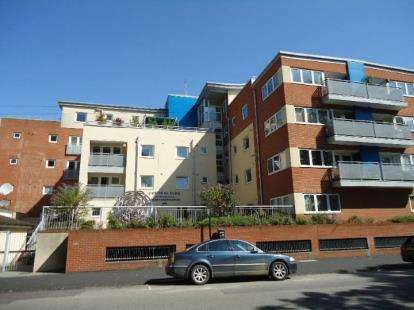 House for sale in 8 Palmerston Road, Southampton, Hampshire