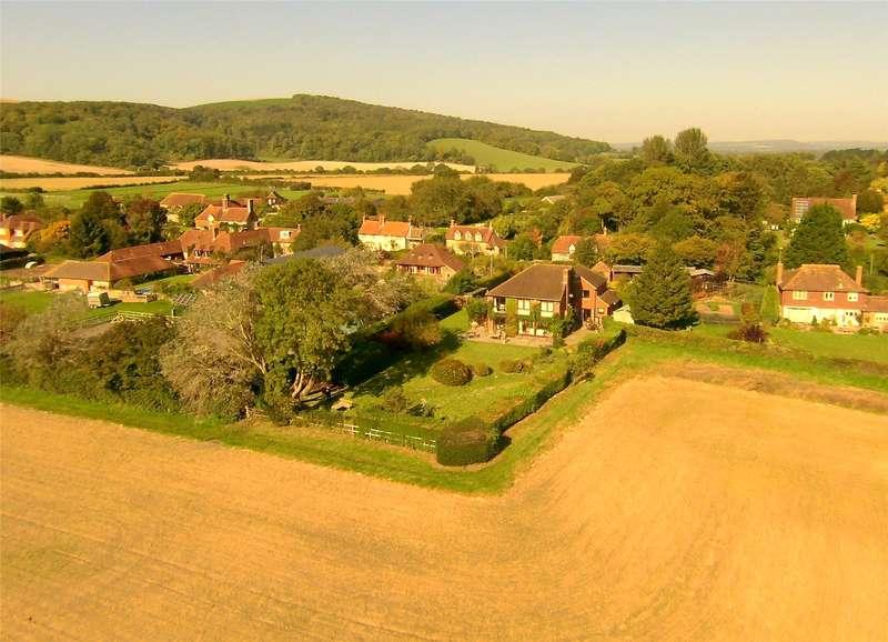 5 Bedrooms Detached House for sale in Barlavington Lane, Sutton, Pulborough, West Sussex, RH20