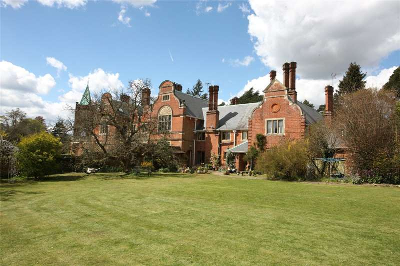 6 Bedrooms House for sale in Charles Hill, Tilford, Farnham, Surrey, GU10