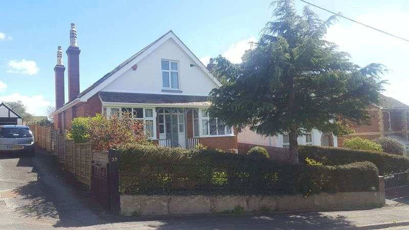 3 Bedrooms Detached Bungalow for sale in Wonderful detached house on Haldon Avenue
