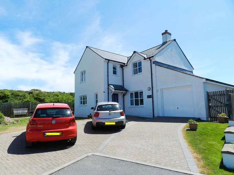 4 Bedrooms Detached House for sale in Swanswell Close, Broad Haven, Haverfordwest