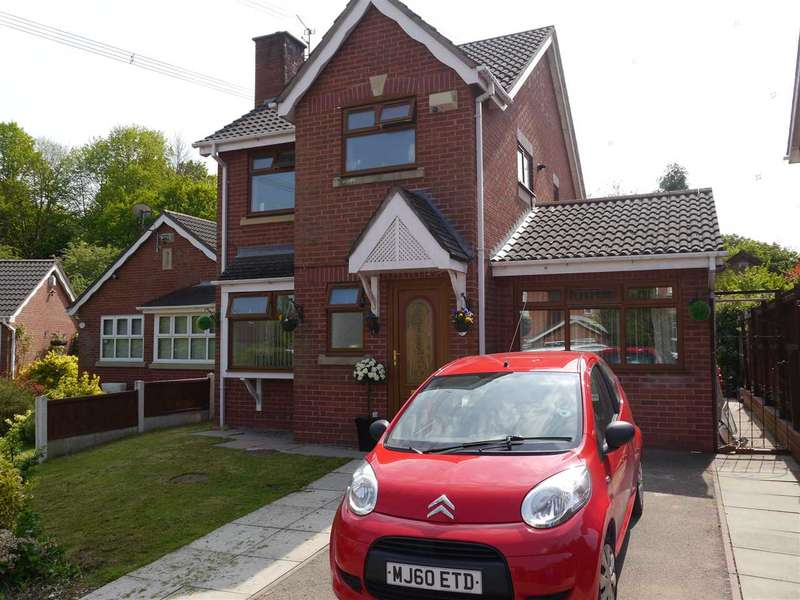 4 Bedrooms Detached House for sale in 6 Ossett Close, near Norton railway station, Cheshire WA7 6SU