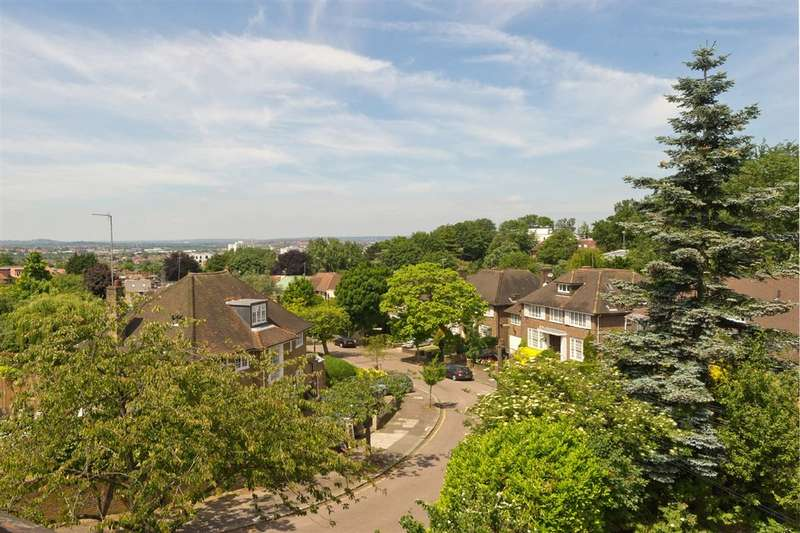 8 Bedrooms House for sale in West Heath Close, Hampstead, NW3