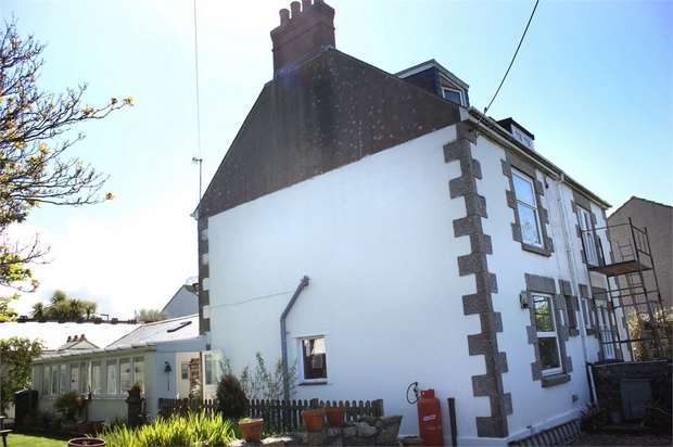 3 Bedrooms Semi Detached House for sale in Bosorne Street, St Just, Penzance, Cornwall