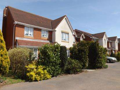 5 Bedrooms Detached House for sale in Pomphrey Hill, Mangotsfield, Bristol