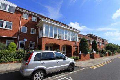 1 Bedroom Retirement Property for sale in Woodland Mews, Jesmond, Newcastle Upon Tyne, Tyne and Wear, NE2