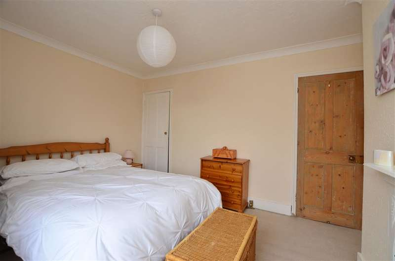 3 Bedrooms End Of Terrace House for sale in Princes Street, Deal, Kent