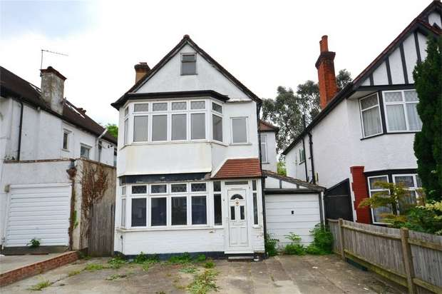 3 Bedrooms Detached House for sale in Sudbury Avenue, North Wembley, Middlesex