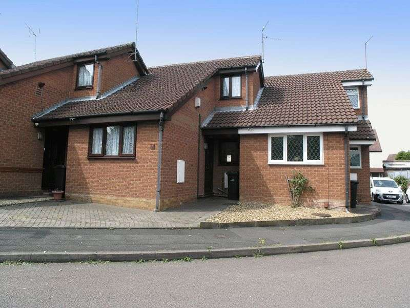 2 Bedrooms Bungalow for sale in DUDLEY, Netherton, Ryan Place