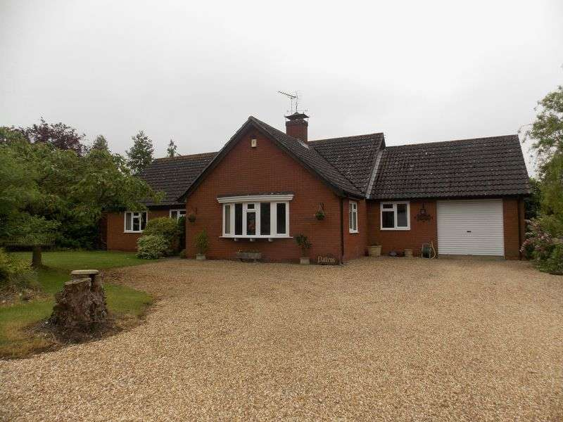 3 Bedrooms Detached Bungalow for sale in Duke Street, Stanton