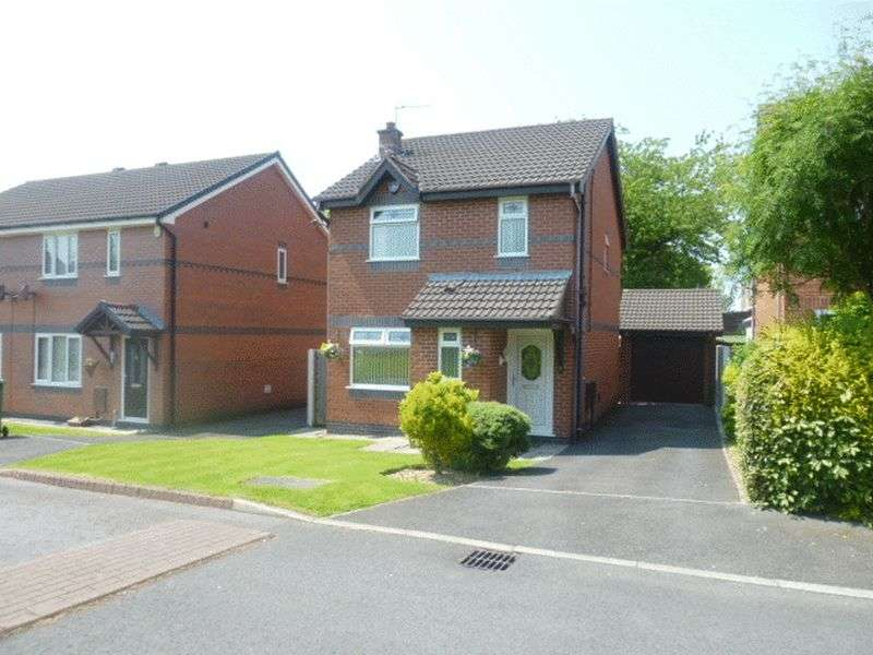 3 Bedrooms Detached House for sale in Clondberry Close, Tyldesley, M29 8RE
