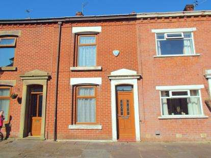 2 Bedrooms Terraced House for sale in Clyde Street, Blackburn, Lancashire, BB2