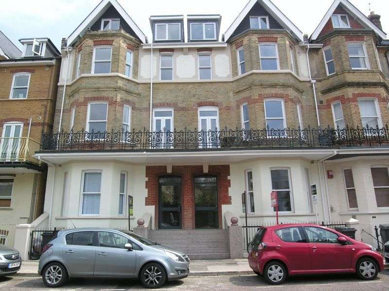 1 Bedroom Flat for sale in West Hill Road, Bournemouth