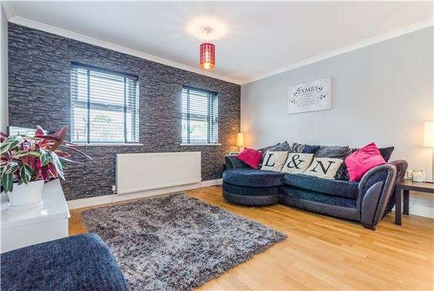 2 Bedrooms Flat for sale in Carshalton Grove, SUTTON, Surrey, SM1 4NB