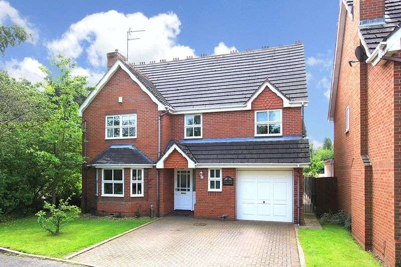 4 Bedrooms Detached House for sale in CODSALL, Yew Tree Gardens