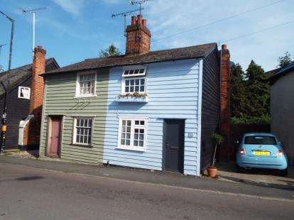 2 Bedrooms Semi Detached House for sale in Billericay, Essex