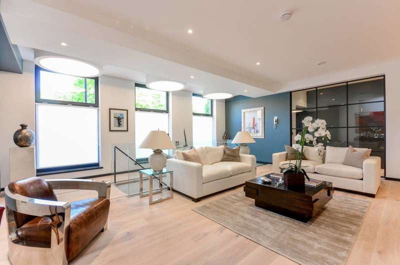 2 Bedrooms Flat for sale in Southville, Vauxhall, SW8