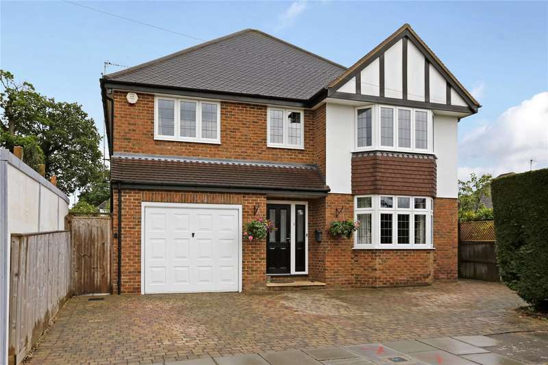 4 Bedrooms Detached House for sale in Trefusis Walk, Watford, Hertfordshire, WD17