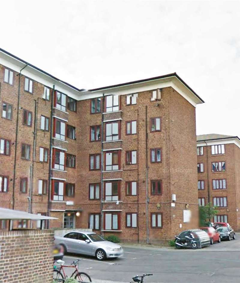 3 Bedrooms Apartment Flat for sale in Wigan House Clapton, London