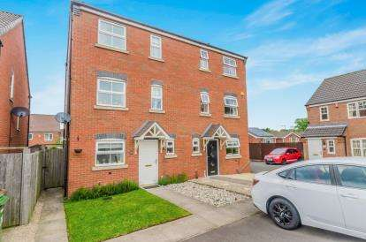3 Bedrooms Semi Detached House for sale in Princethorpe Road, Willenhall, West Midlands
