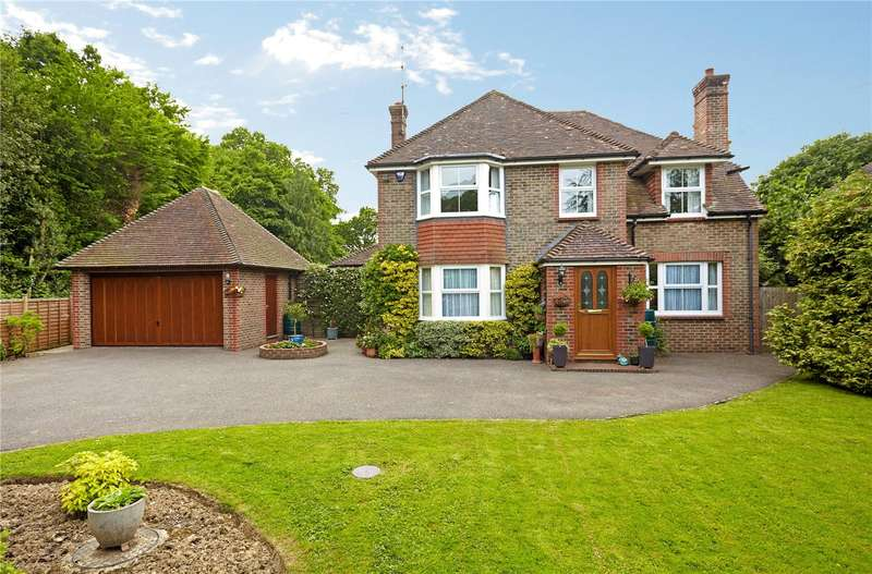 5 Bedrooms Detached House for sale in Lewes Road, Scaynes Hill, Haywards Heath, West Sussex, RH17