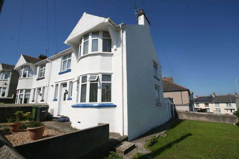 3 Bedrooms Semi Detached House for sale in Pen Y Bryn Road, Holyhead, Anglesey