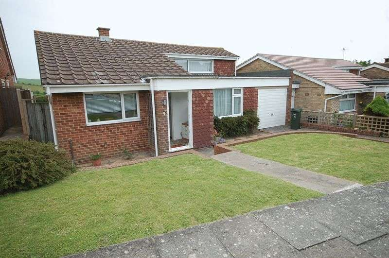 2 Bedrooms Detached Bungalow for sale in Martyns Close, Ovingdean, Brighton