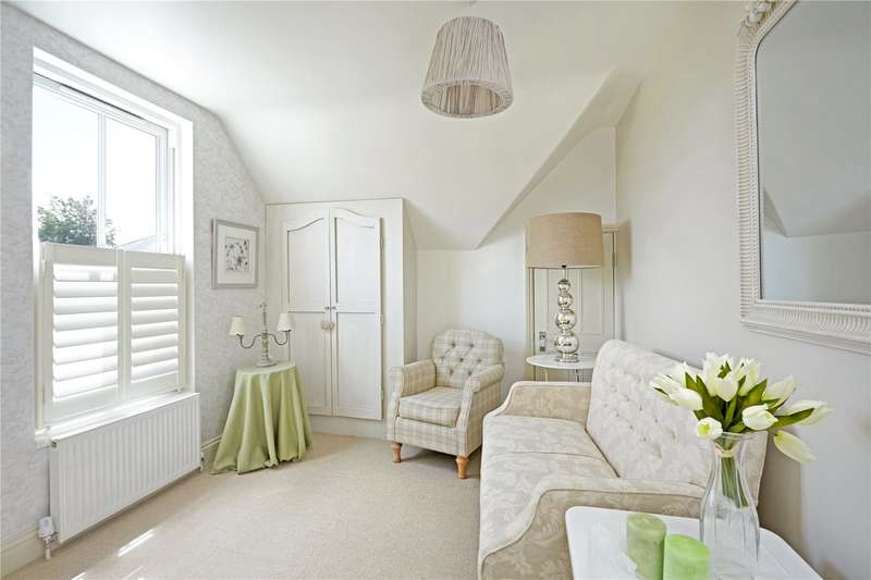 1 Bedroom Flat for sale in High Street, Sevenoaks, Kent, TN13