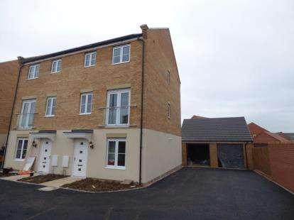 4 Bedrooms Semi Detached House for sale in Hempsted Park, Peterborough, Cambridgeshire