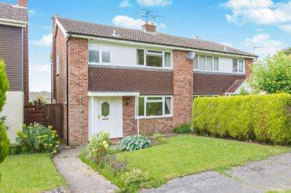 3 Bedrooms House for sale in Kendal Court, Congleton, Cheshire
