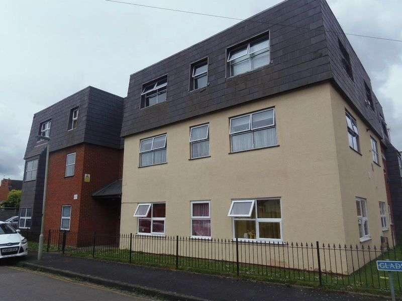 1 Bedroom Flat for sale in Gladstone Road, Gloucester