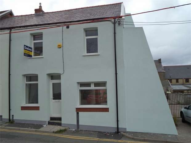 4 Bedrooms End Of Terrace House for sale in Upper Salisbury Street, Tredegar, Blaenau Gwent