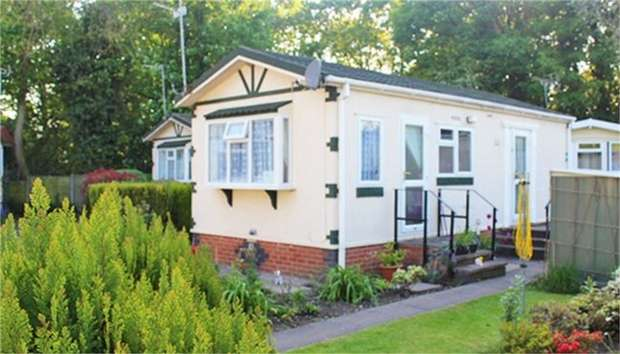 1 Bedroom Park Home Mobile Home for sale in Ball Lane, Coven Heath, Wolverhampton, Staffordshire