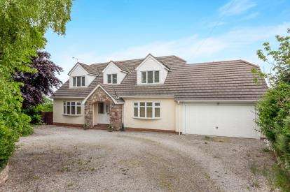 4 Bedrooms Detached House for sale in St. George Road, Abergele, Conwy, North Wales, LL22