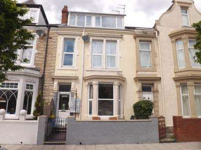 7 Bedrooms Terraced House for sale in Ocean Road, South Shields, Tyne and Wear, NE33