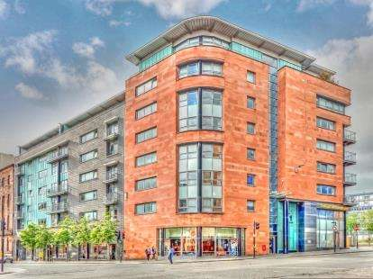 2 Bedrooms Flat for sale in High Street, Merchant City