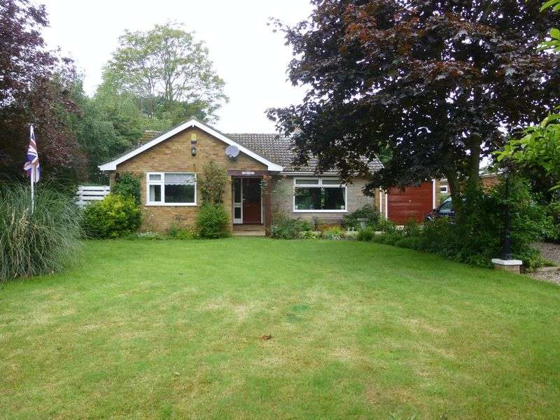 3 Bedrooms Detached Bungalow for sale in Upton