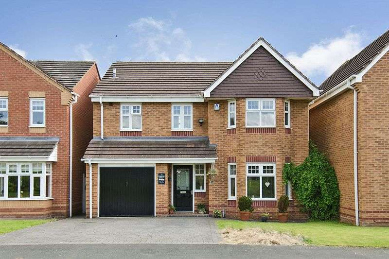 4 Bedrooms Detached House for sale in Haymaker Way, Wimblebury, Cannock