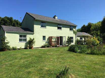 5 Bedrooms Detached House for sale in Llanrhyddlad, Holyhead, Sir Ynys Mon, LL65