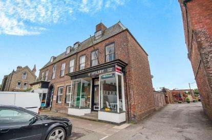2 Bedrooms Flat for sale in Market Street, Spilsby, Lincolnshire, England