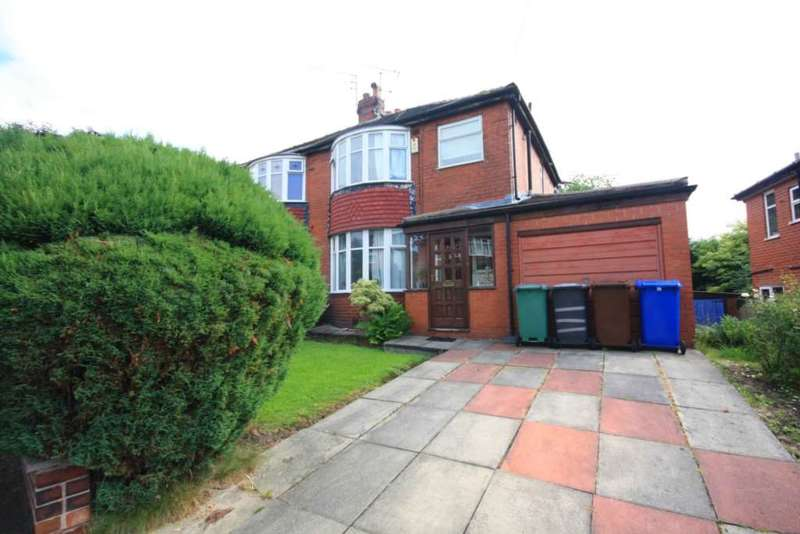 3 Bedrooms Semi Detached House for sale in Hollyedge Drive, Prestwich