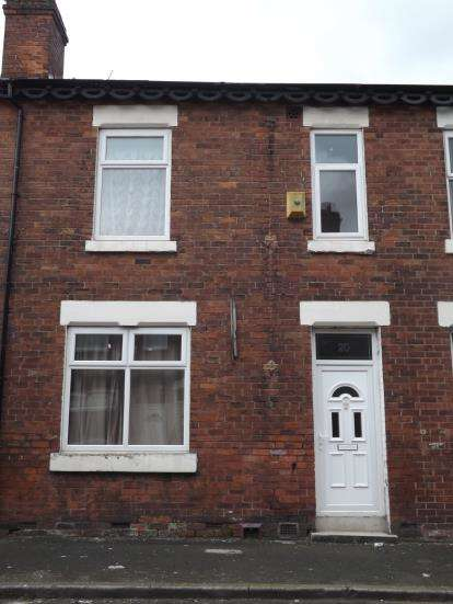 3 Bedrooms Terraced House for sale in East Grove, Manchester, Greater Manchester